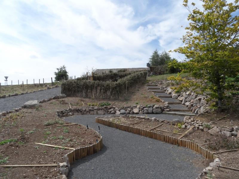 Premières plantations au Jardin botanique de l'Aubrac